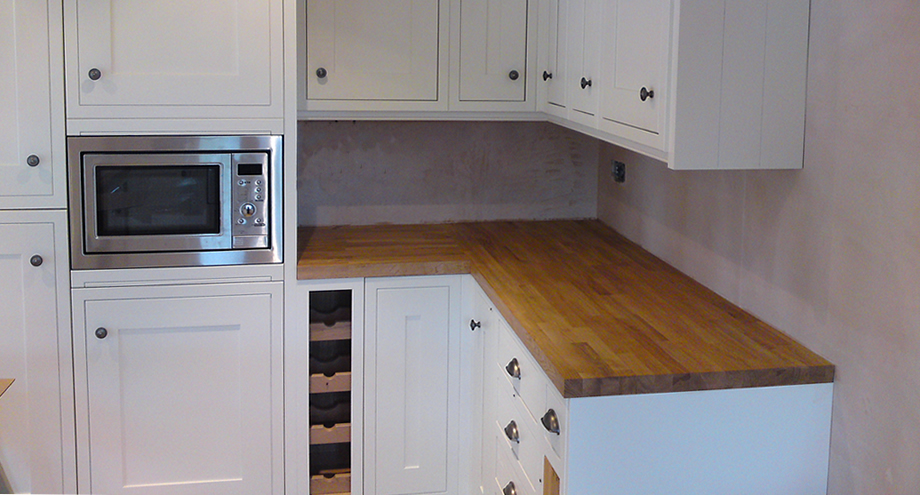 We provide a professional Kitchen fitting service